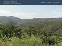 Le studio PMR est situé les hauteurs de Lamalou au calme sur les Hauts de Sabourel et bénéficie d'une vue exceptionnelle sur le Parc Naturel Régional des Hauts Cantons à Lamalou les bains.